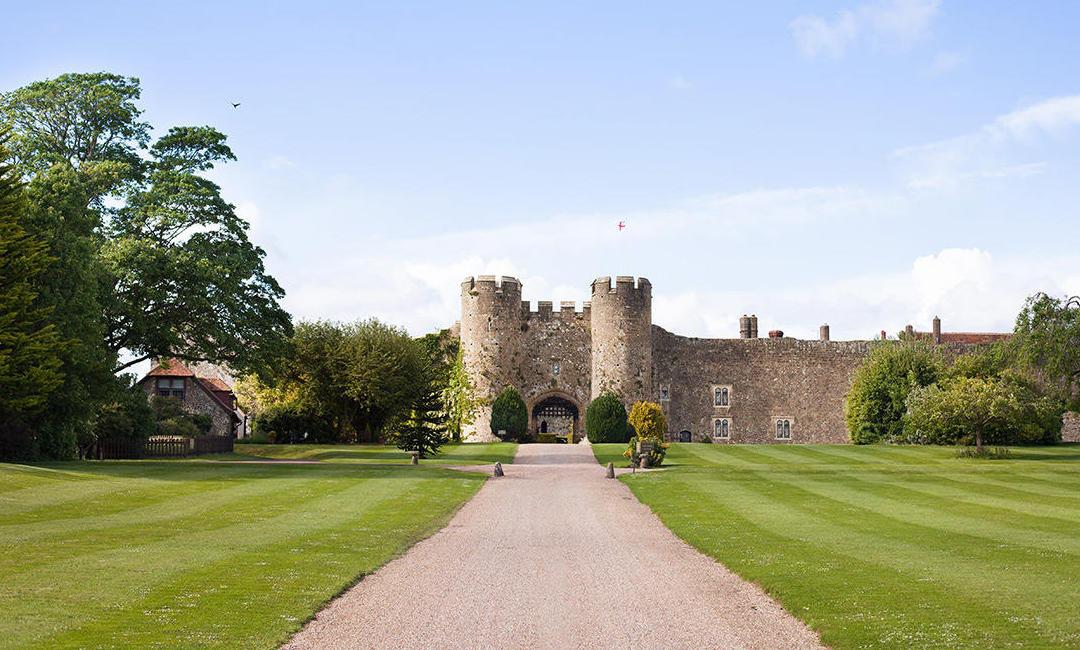 SiteMinder-Turns-15-Amberley-Castle
